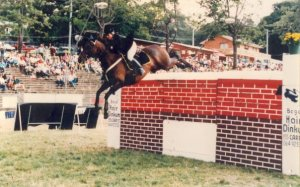 Gail on Yabba Bega Show Puissance 7foot2